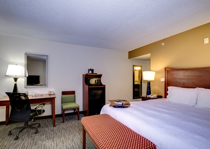 Hampton Inn U0026 Suites Cape Coral, FL Is Perfectly Situated In Southwest  Florida. Whether Youu0027re Seeing The Sites Here Or Passing Through To The  Coast Or ...